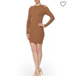 Honey punch// cold shoulder sweater dress size s
